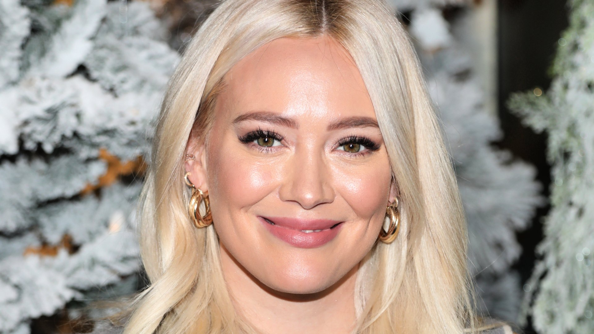 Hilary Duff is Being Criticized for This Breastfeeding Photo
