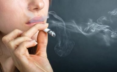 Smoking on the balcony does not help: children of smokers are always at risk