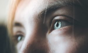 Experiment: Altered state of consciousness after ten minutes of direct eye contact