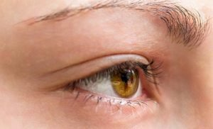Because harmless: with A twitching eye can be a warning sign of serious diseases – Video