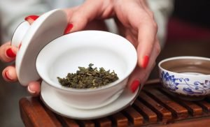 Oolong tea against breast cancer