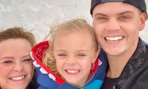 Big Sis! Catelynn Lowell's Daughter Novalee Is All Smiles With Vaeda Luma