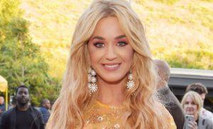 Dear Katy Perry, Please Stop Doing Enemas