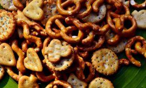 Children's snacking habits mirror their parents'