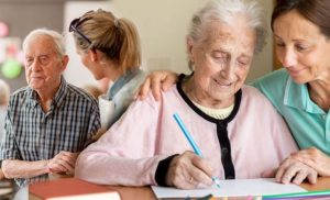 Dementia: Top tips for caring for a loved one with the condition