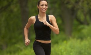 Walking for weight loss: Burn 10% more calories with this tip