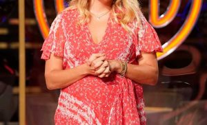 Daphne Oz Opens Up About Her 'Hardest' Fourth Pregnancy as She Judges MasterChef Junior