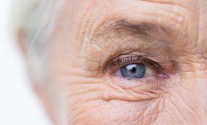 How the eyes might be windows to the risk of Alzheimer's disease: Researchers say how quickly a person's pupil dilates while taking cognitive tests