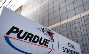 Purdue files for bankruptcy in bid to settle opioid crisis cases