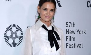 Katie Holmes Posted an Unedited Photo of Her Stretch Marks on Instagram, and Fans Are Loving It