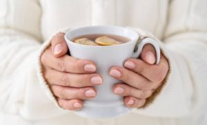 Constantly cold hands: Possible causes and helpful tips at a Glance