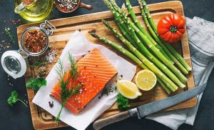 Keto And Whole30 Sound Kinda Similar, But Experts Think One Diet Is Better Than The Other