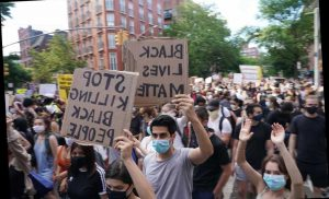 Crowded Protests Spark Fears of an Increase in Coronavirus Cases