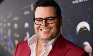 Josh Gad Reveals His 'Really Sweet' Nightly Ritual with His Daughters: 'Purest Story in My Life'