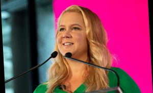 Amy Schumer's IG Highlights Black Women's Mortality Rates in Childbirth