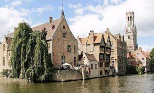 Belgium shuts restaurants for four weeks to fight virus