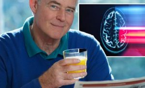 Dementia: Daily glass of orange juice may reduce your risk says study
