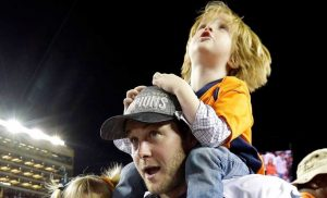 Tom! Peyton! See NFL Players Celebrating Super Bowl Wins With Their Kids