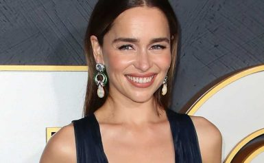 "Emilia Clarke Shut Down a Facialist Who Said She ""Needed"" Fillers"