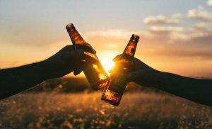 Heavy drinking when young increases alcohol risk in early pregnancy