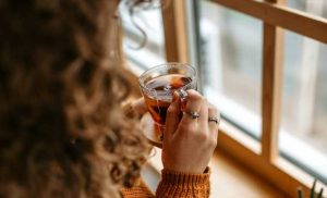 5 easy ways to protect your wellbeing as the days grow shorter